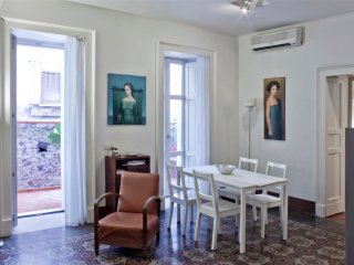 Tre Vie apartment for holiday in historical center, Catania