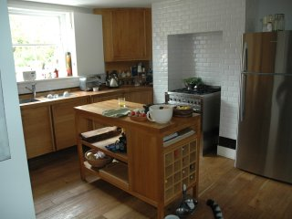 5 bdrm 2 bath garden kitchen dinner (20mins river), Londres