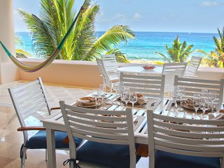 BEAUTIFUL 2BR CONDO WITH VIEW OF THE TURQUOIS MEXI, Puerto Aventuras