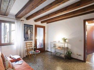 Appartement calme et clair à deux pas du Rialto VE, Veneza