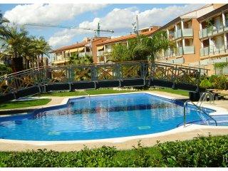 Fantastico Apartamento en complejo Port Marino
