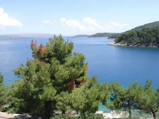 37127 A1(5+2) - Stomorska, Solta Island