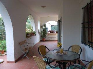 Villa Nassia in pieno rela vicino al mare, Fontane Bianche