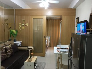 Brand New 1 BR Shell MOA with Balcony, Pasay