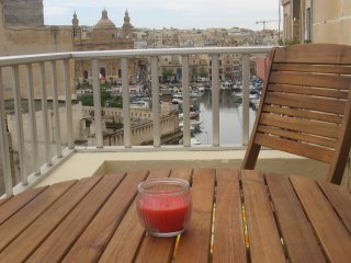 Superbly Located with Marina view near Valletta, Msida