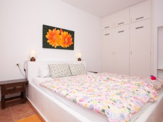 Residencial Apartment with Wifi, Parking and Pool!, Puerto de la Cruz