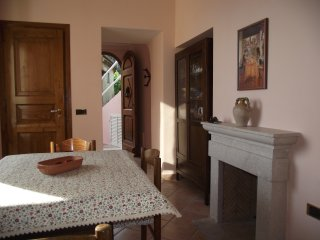 Appartamento da Rossella affitto piazza porto Maratea rifinito