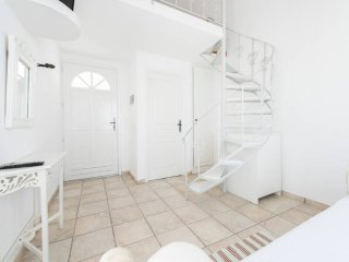 Maisonette with pool+breakfast for 3 people