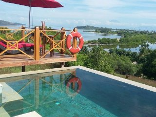 Villa Vista, 4 bed/3 bath with pool on Gili Gede, Pelangan