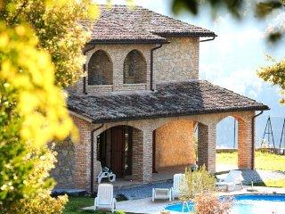 4 bedroom Villa in Valtopina, Campagna Umbra, Umbria, Italy : ref 2230596