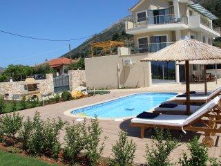 Alexatos Horizon Villas, Agia Efimia