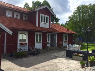 4-8 beds close to ocean, lakes and Stockholm, Nacka