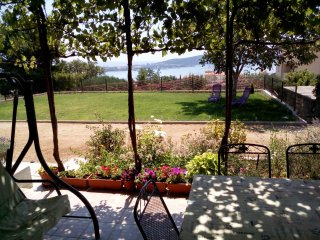 Exclusive Sea View Apartment 10 km from Split, Kastel Sucurac