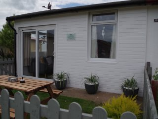 STARBOLINS, SOUTH SHORE CHALETS, BRIDLINGTON, Bridlington