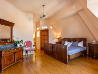 BASILICA LUXURY ATTIC: CASTLE & CITTADELLA VIEW, Budapest