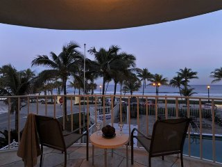 Gorgeous Oceanfront Views from Large Balcony, Deerfield Beach