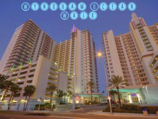 OCEAN WALK 3 BEDROOM DELUXE, Daytona Beach