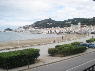1367 Apartment on the seafront., El Port de la Selva