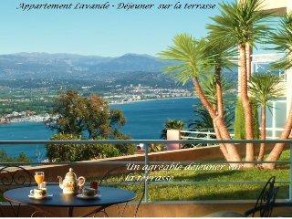 Meublé de tourisme, vue mer panoramique, prk, pisc, Théoule-sur-Mer