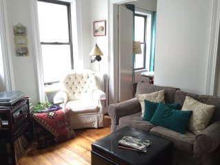Spotless, Quiet & Classy Morningside Heights Apt