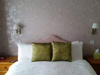 The Montana Torquay Standard Double Room