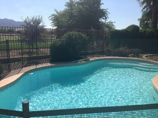 Gorgeous Golf view! Heated Pool, No Cleaning Fee!, Gilbert