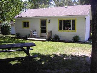 3 Bedroom Beach Cottage Woodland Cedars