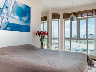 Masterbed room ft full ceiling height bay window- Queen sized bed