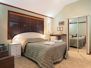 Ainslie Manor Bed and Breakfast