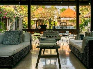 Luxury private suite with bathroom, Canggu