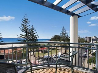 Calypso Plaza Resort Unit 462, Tweed Heads