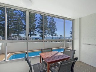 Rainbow Pacific unit 1, Tweed Heads