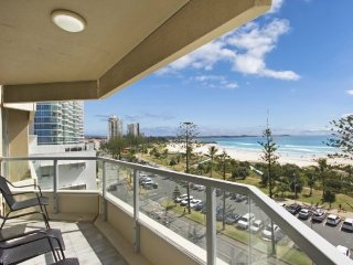 Kooringal unit 19, Tweed Heads