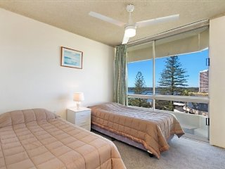 Kooringal unit 20, Tweed Heads