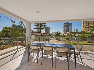 Seadrift unit 1, Tweed Heads
