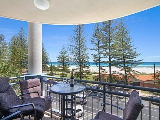 Calypso Plaza Resort Unit 361, Tweed Heads