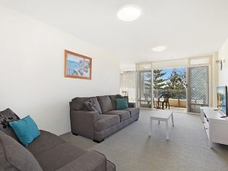 Rainbow Pacific Unit 15, Tweed Heads