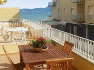 Sunny apartment with furnished balcony, L'Escala