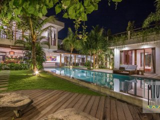Villa Miu 5br villa riverside in heart of Canggu