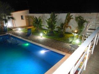 casa vacanze costa Daino,3appartamenti con 2camere ciascuno con piscina privata