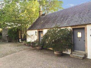 SWEETPEA COTTAGE, single-storey accommodation, woodburner, walled garden, Wiston
