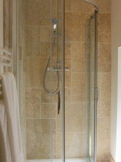 Skiber - modern shower