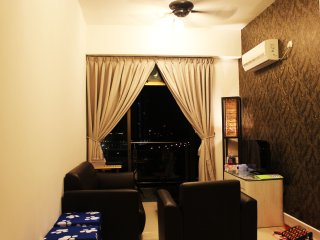 New 3 Bedroom Unit Homestay - Near Legoland, Skudai