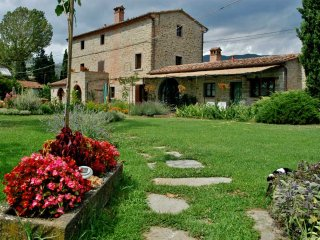 Il Moro Novo, ancient farmhouse, Cortona