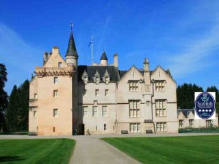 040-Historic Castle Apartment, Forres