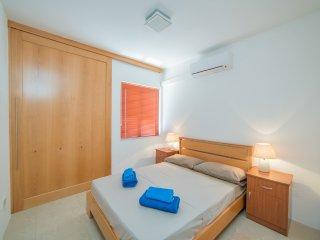 Cute and modern apartment, Sliema