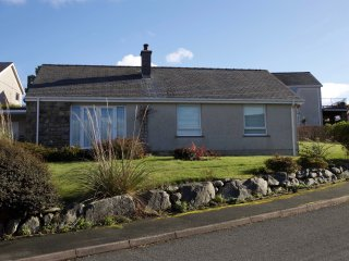 Eryl y Môr: Detached with Mountain & Sea Views