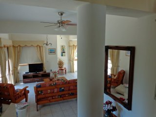 Villa Coral Fantasia, Peyia