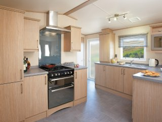 Three Bedroom Platinum Caravan to rent