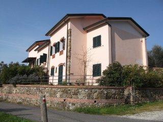 Case Vacanze - Casa Sarticola, Castelnuovo Magra